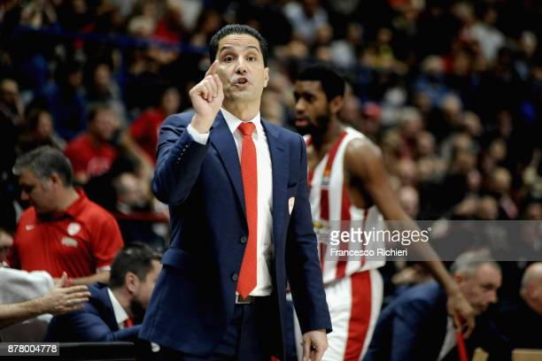 Ioannis Sfairopoulos Head Coach of Olympiacos Piraeus during the 2017/2018 Turkish Airlines EuroLeague Regular Season Round 9 game between AX Armani...