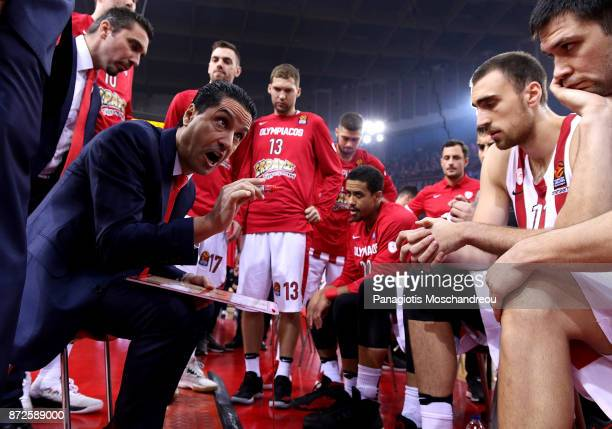 Ioannis Sfairopoulos Head Coach of Olympiacos Piraeus react during the 2017/2018 Turkish Airlines EuroLeague Regular Season Round 6 game between...