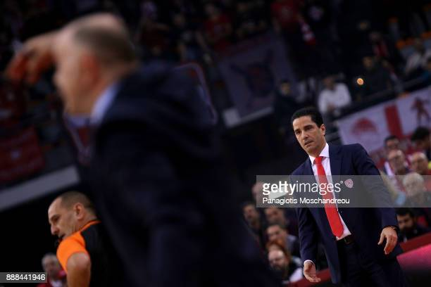 Ioannis Sfairopoulos Head Coach of Olympiacos Piraeus react during the 2017/2018 Turkish Airlines EuroLeague Regular Season Round 11 game between...