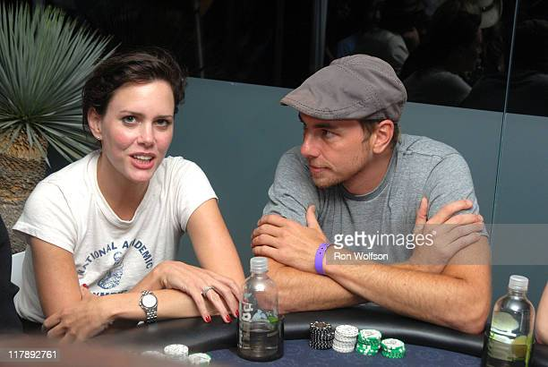 Ione Skye and Dax Shepard during Ultimatebetcom Kari Feinstein and Mike McGuiness Host Celebrity Poker Tournament to Honor Clifton Collins Jr's Emmy...