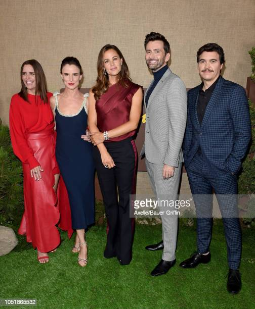 Ione Skye Juliette Lewis Jennifer Garner David Tennant and Arturo Del Puerto attend the Los Angeles premiere of HBO series 'Camping' at Paramount...