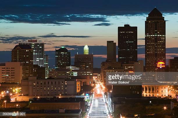 USA, Iowa, Des Moines, cityscape, night