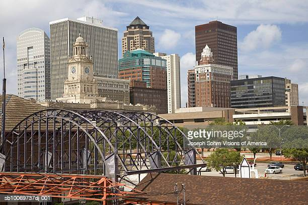 USA, Iowa, Des Moines skyline with Old Railroad Station