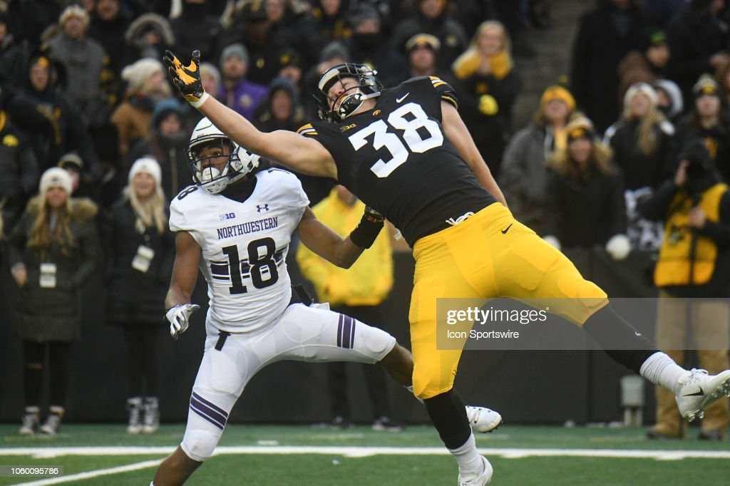 COLLEGE FOOTBALL: NOV 10 Northwestern at Iowa : News Photo