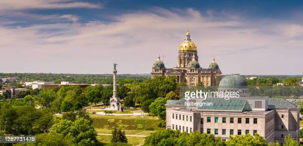 iowa state capitol - aerial panorama - des moines stock pictures, royalty-free photos & images