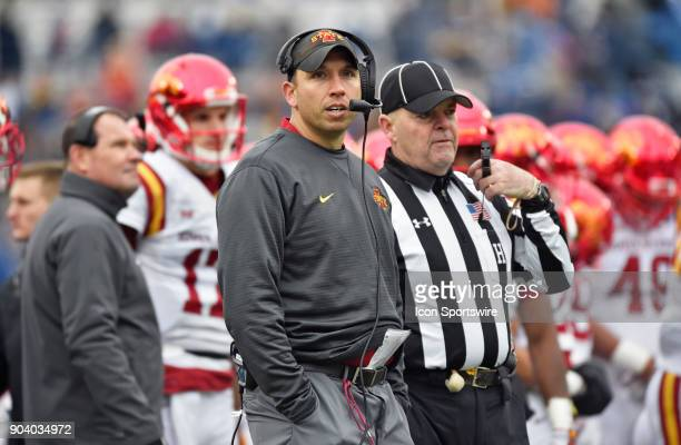 Iowa State Cyclones coach Matt Campbell during a first quarter timeout of a NCAA college football game against the Memphis Tigers in the AutoZone...