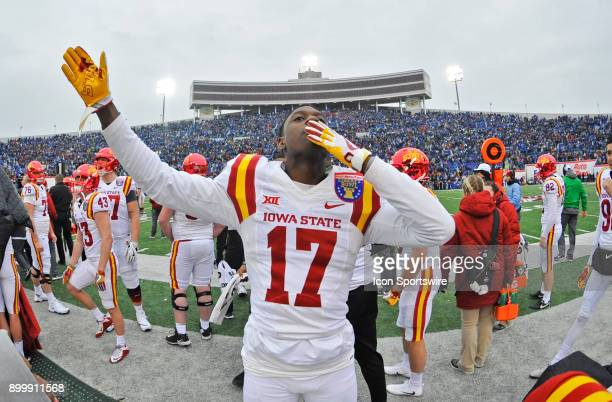 Iowa State Cyclones defensive back Richard Bowens III blows a kiss while waving to the fans during the final minutes of the fourth quarter of the...