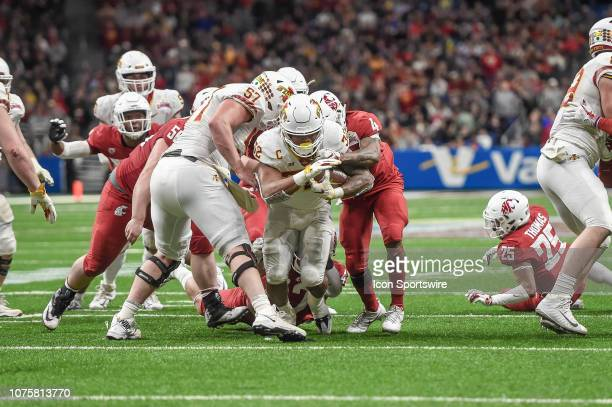 Iowa State Cyclones running back David Montgomery runs the ball during the Alamo Bowl between the Washington State Cougars and Iowa State Cyclones on...