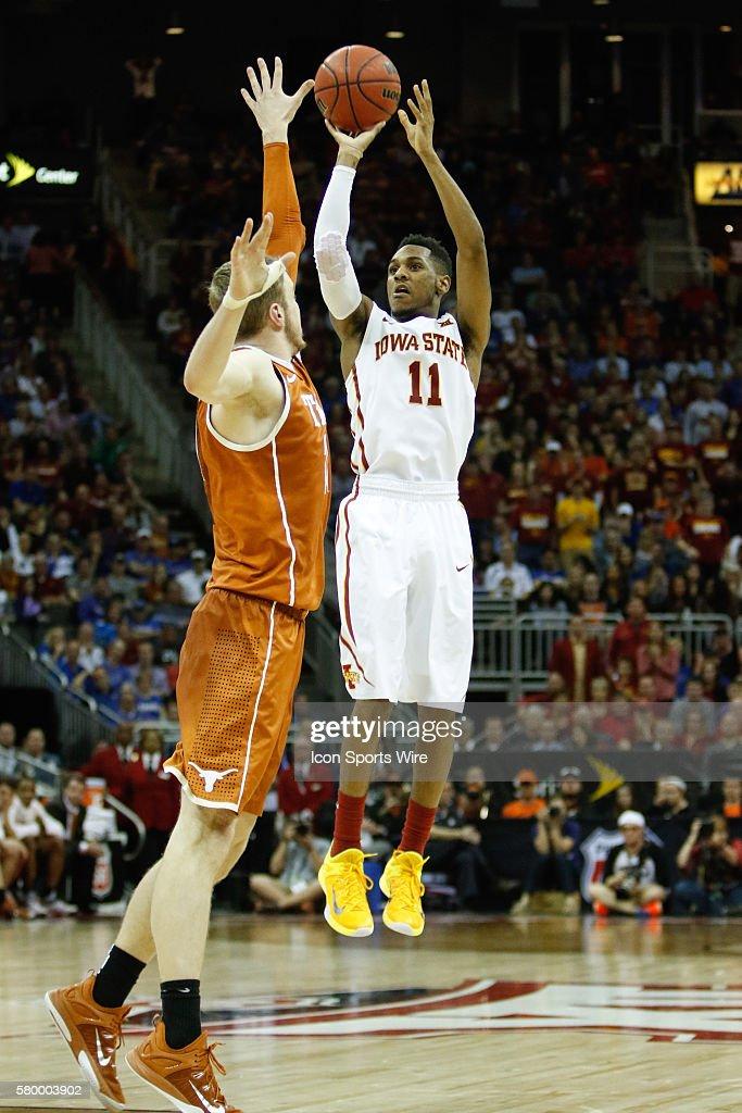 NCAA BASKETBALL: MAR 12 Big 12 Championship Ð Iowa State v Texas : News Photo