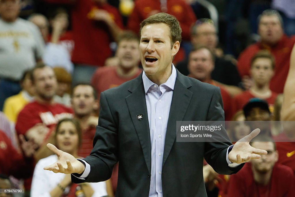 NCAA BASKETBALL: MAR 12 Big 12 Championship Ð Iowa State v Texas : News Photo