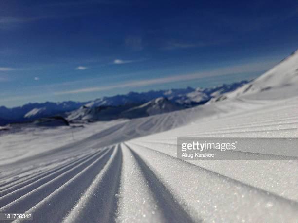 iphoneography ski run - altug karakoc - fotografias e filmes do acervo
