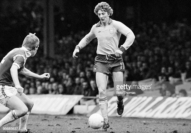 Ipswich Town winger Clive Woods takes on Leicester City defender Steve Whitworth during their First Division league match at Filbert Street in...