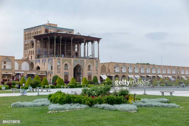 ira,  esfahan (isfahan) , 'lofty gate' ali qapu building - persian culture stock photos and pictures