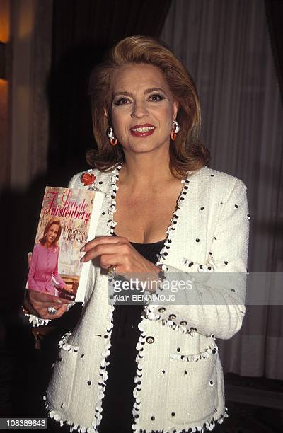 """Ira of Furstenberg presents his book """"princess and rebel """"in Paris France on May 10 1995"""