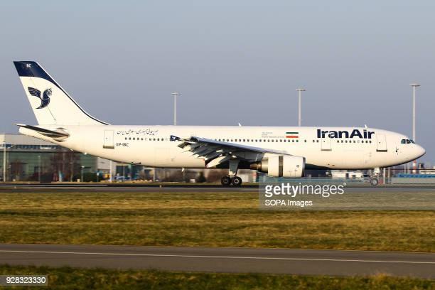 Iran Air Airbus A300 landing 36R on a nice morning
