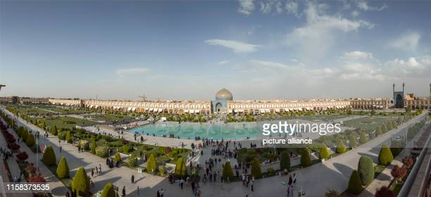 Iran, Isfahan: Panoramic photo of Imam Square in the Iranian city of Isfahan with Sheikh Lotfollah Mosque and Imam Mosque , taken on . Photo: Thomas...