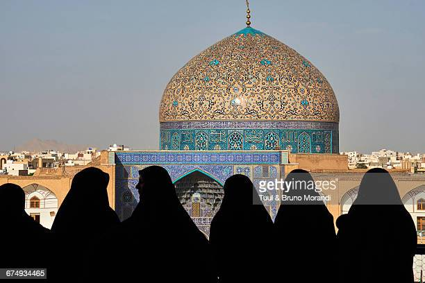 iran, isfahan, sheikh lotfollah mosque - iranian culture stock pictures, royalty-free photos & images