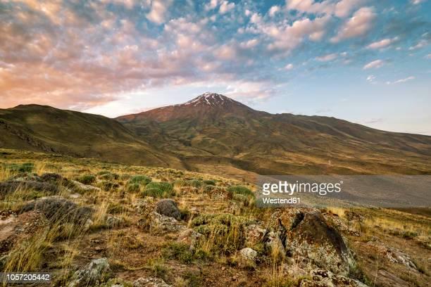 iran, mazandaran province, amol, damavand mountain - iran stock-fotos und bilder