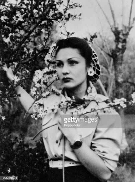 circa 1940 Princess Fawzia born 1921 the brother of King Farouk of Egypt and married to the then Crown Prince Muhammad Reza Pahlavi in 1939 until...