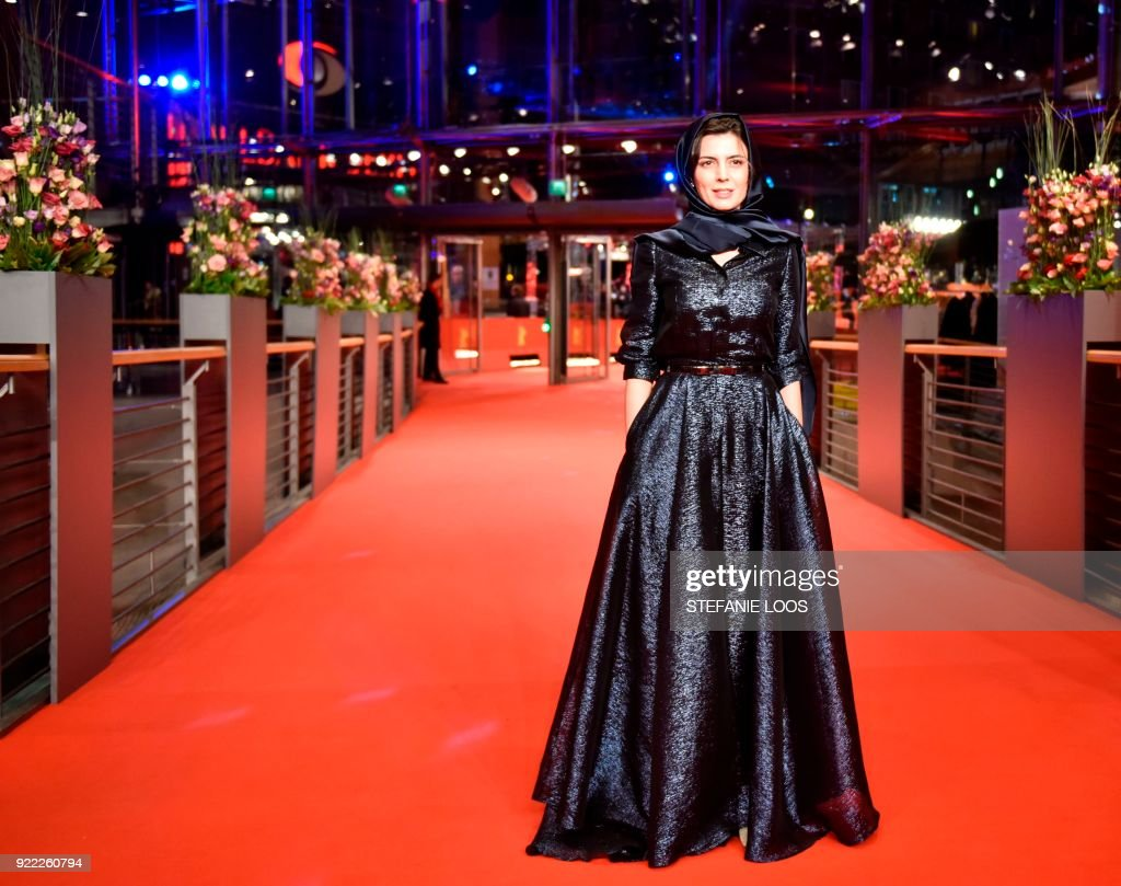 TOPSHOT - Iranian actress Leila Hatami poses on the red carpet before the premiere of the film 'Pig' (Khook) presented in competition during the 68th edition of the Berlinale film festival in Berlin on February 21, 2018. / AFP PHOTO / Stefanie Loos