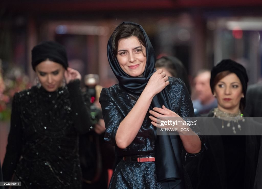 Iranian actress Leila Hatami poses on the red carpet before the premiere of the film 'Pig' (Khook) presented in competition during the 68th edition of the Berlinale film festival in Berlin on February 21, 2018. / AFP PHOTO / Stefanie LOOS