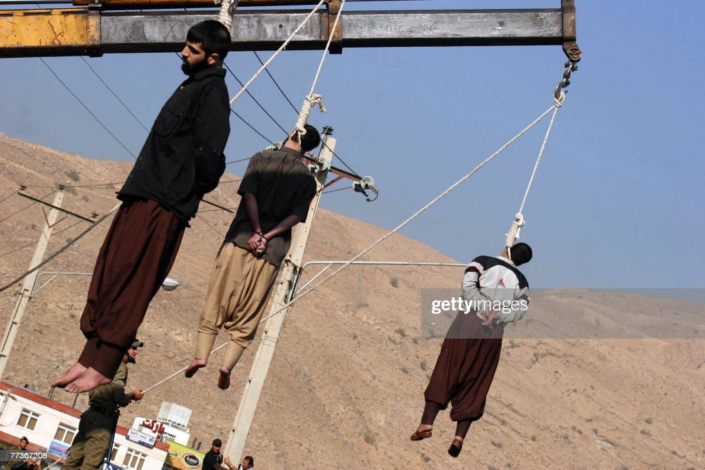 Iranian convicted rapists hang the gallo : News Photo