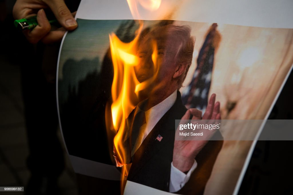 Iranians Protest After Donald Trump Pulls Out Of The Iran Nuclear Deal : Nieuwsfoto's