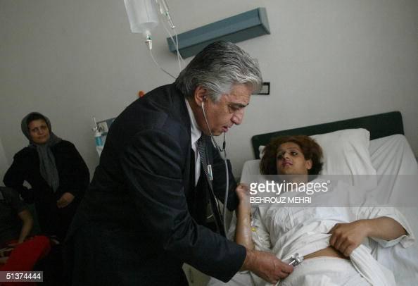 Iranian Doctor Bahram Mir-Jalali Checks Transsexual Patient Setareh News Photo -7270