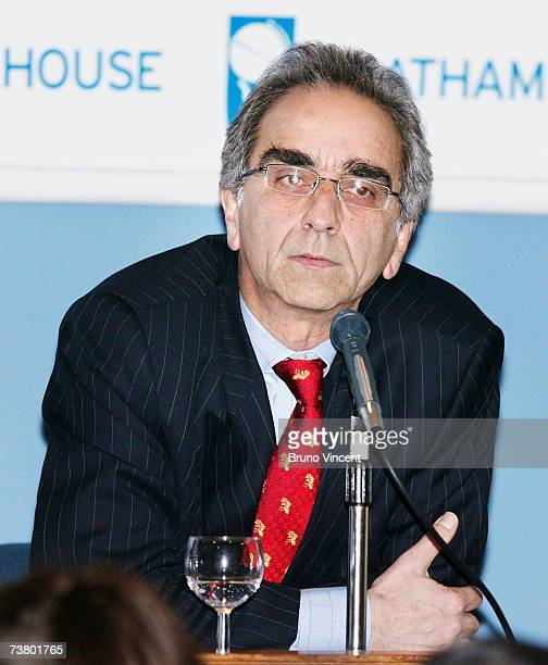Iranian economist Hormoz Naficy speaks at Chatham House on British Iranian relations on April 4 2007 in London England A panel of four spoke to the...