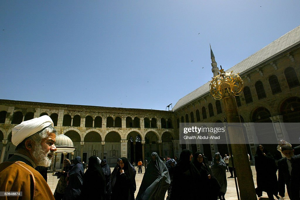 iranian shiite tourists take a tour inside the 8th century umayyad