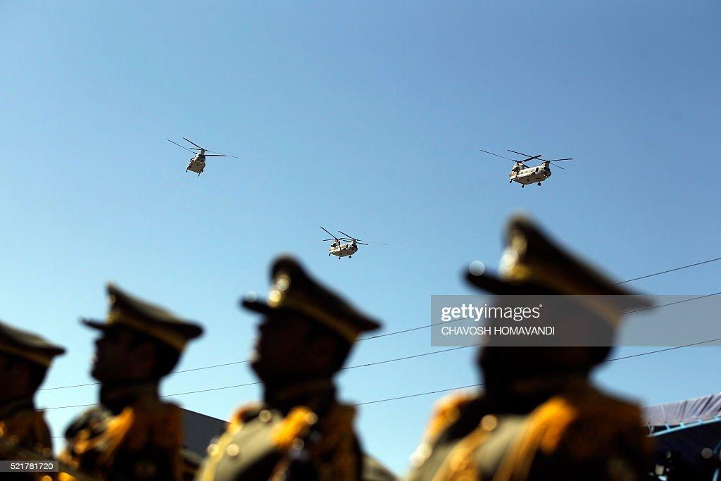 IRAN-MILITARY-ARMY DAY : News Photo