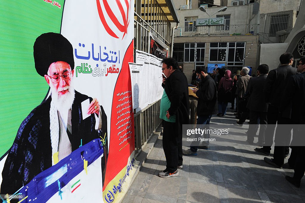 Iranians Vote In Parliament And Assembly Of Experts Elections : Nieuwsfoto's
