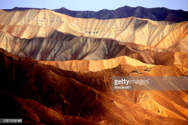 iran,kermanprovince, mountains oflut desert - iran stock pictures, royalty-free photos & images