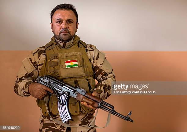 Iraq Kurdistan Duhok kurdish peshmerga on the frontline