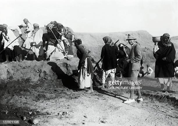 Iraq Mesopotamia The British archaeologist Charles Leonard Woolley during his excavations at Ur in 192234 vintage photograph