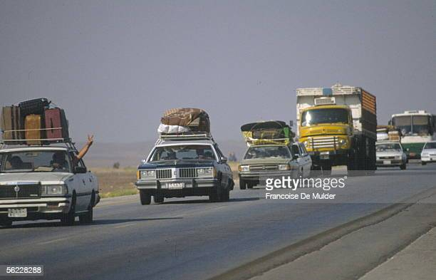 Iraq refugees arriving in Jordan during the Gulf war in August 1990