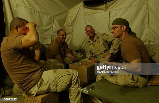 Iraqi Crisis The 41st American Infantry Battalion In Kuwait Le 41e Bataillon d'infanterie appartenant à la 1ère division blindée au camp Virginia...