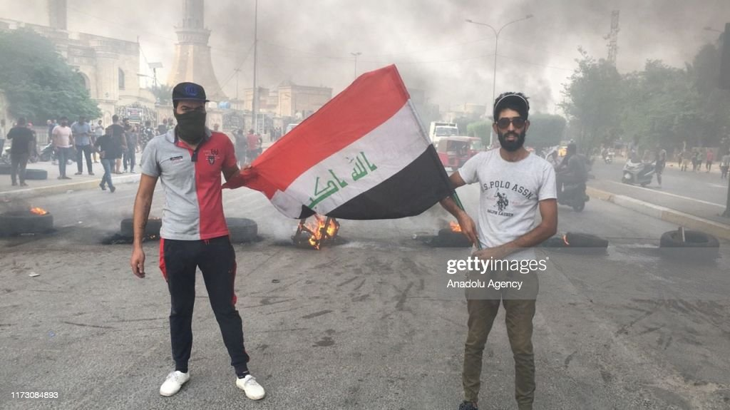 Anti-govt protests in Baghdad : News Photo