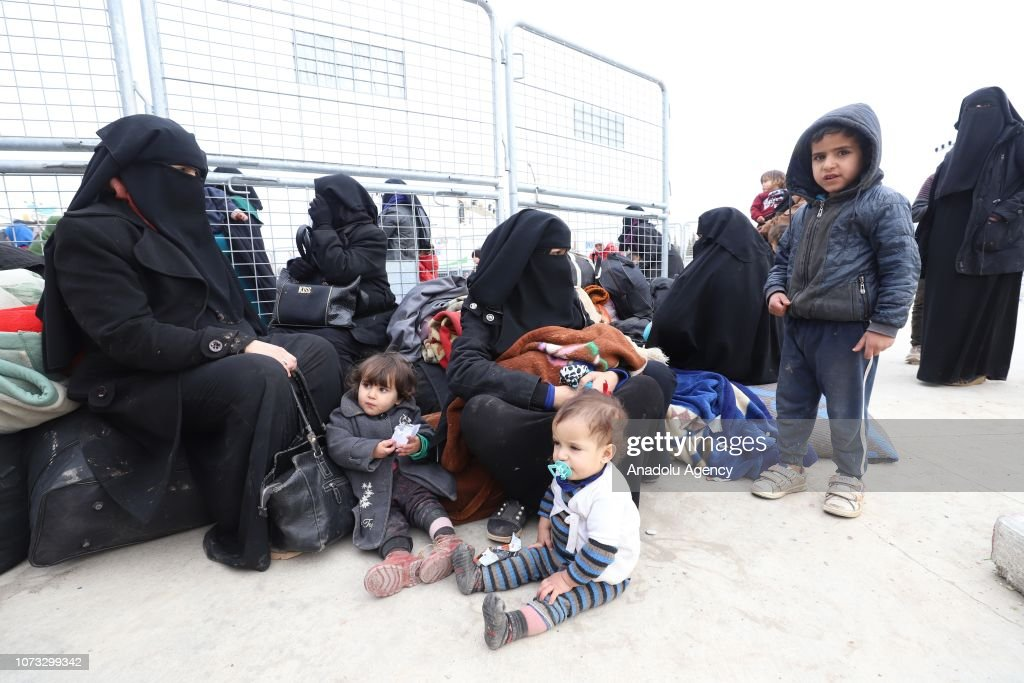 Iraqis at Oncupinar border gate to return their home : News Photo
