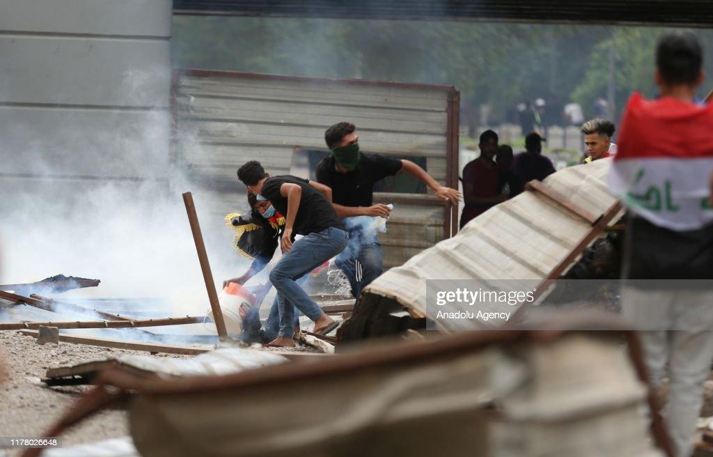 Anti-government protests continue in Iraq : News Photo