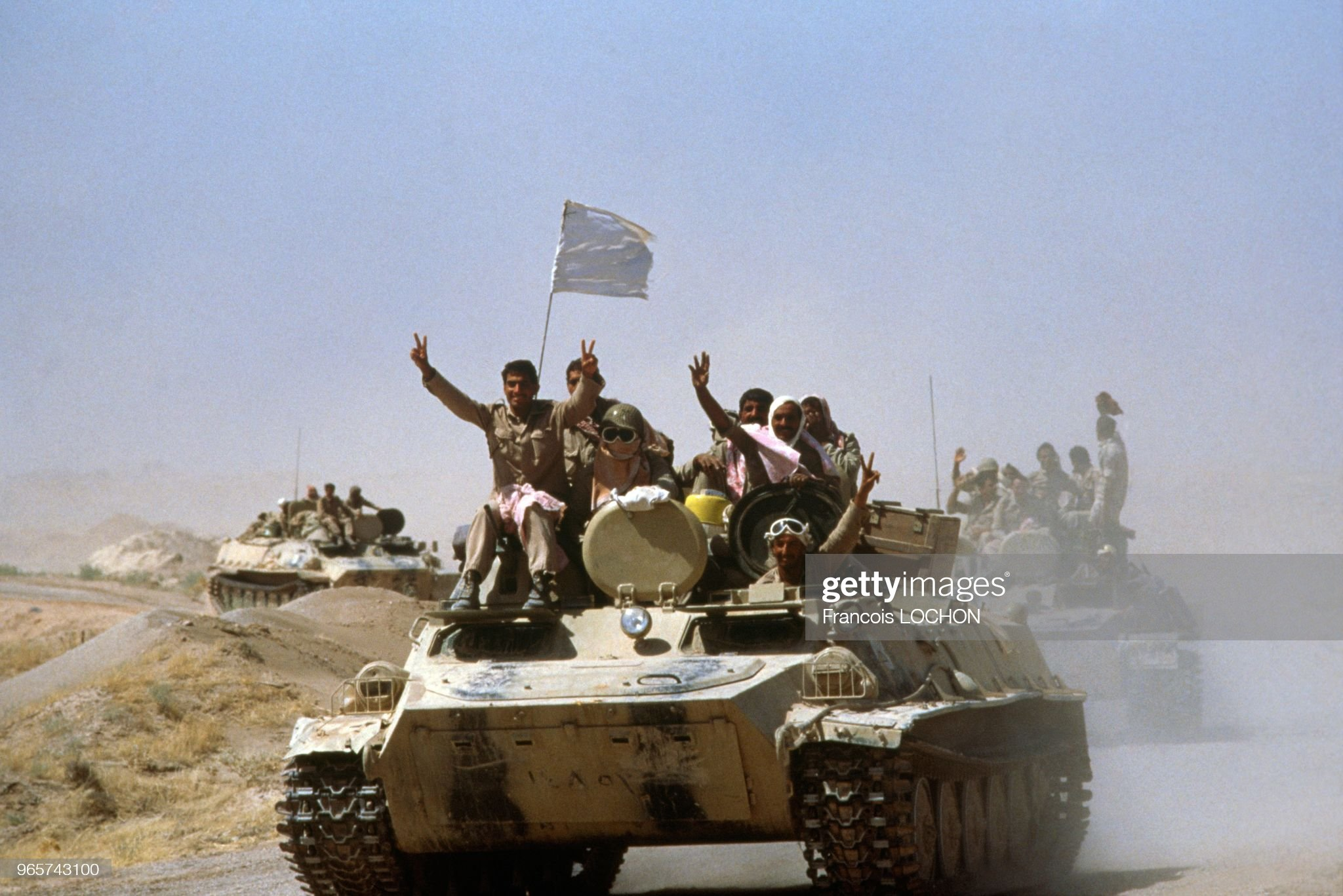 https://media.gettyimages.com/photos/iraqi-soldiers-on-iranian-tanks-the-day-of-ceasefire-of-iran-iraq-war-picture-id965743100?s=2048x2048