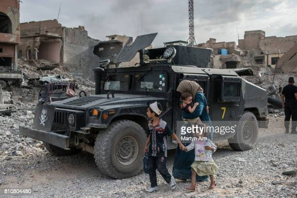 Iraqi Special Operation Forces soldiers in the Islamic State occupied Old City district where heavy fighting continues on July 8 2017 in Mosul Iraq...