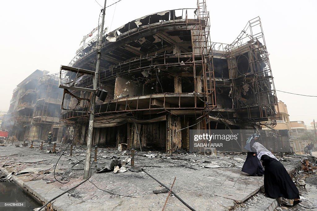 TOPSHOT-IRAQ-CONFLICT-BOMBING-BAGHDAD : News Photo