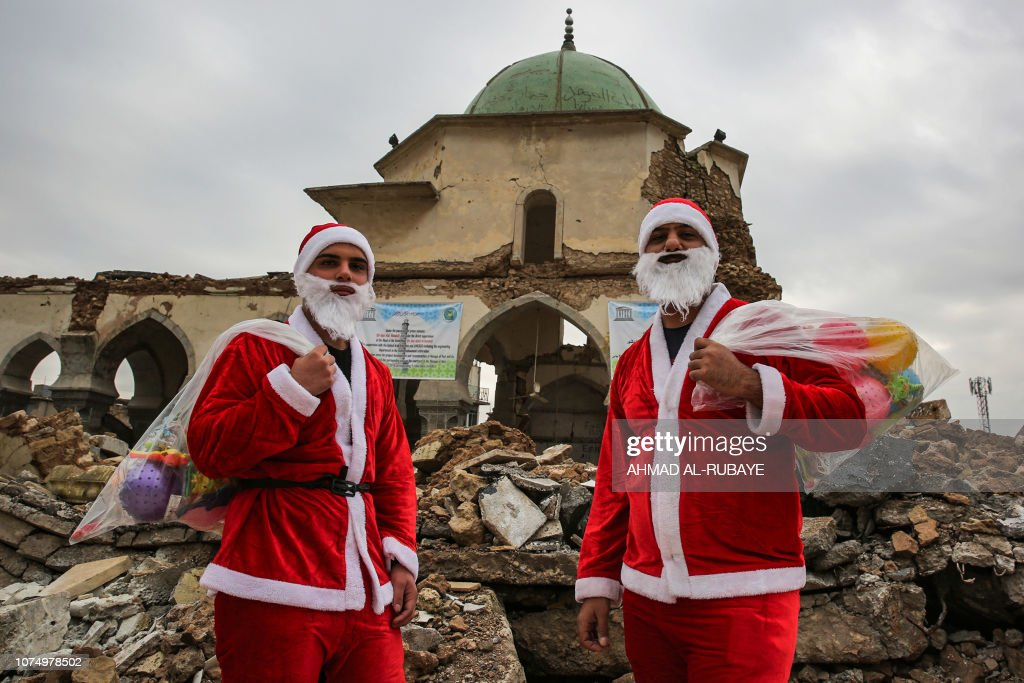 TOPSHOT-IRAQ-CHRISTMAS : News Photo