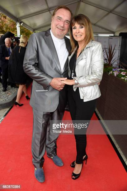 Ireen Sheer and her husband KlausJuergen Kahl attend the 'Goldene Sonne 2017' Award by SonnenklarTV on May 13 2017 in Kalkar Germany