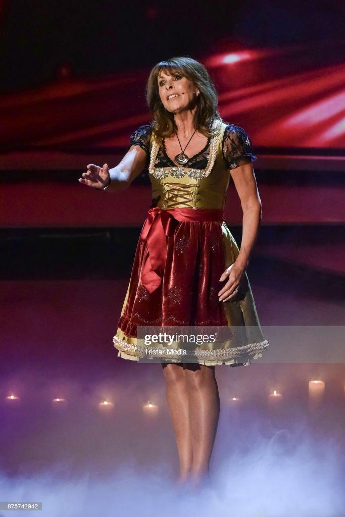 STEFANIE HERTEL at Die Grosse Show Der Weihnachtslieder 11