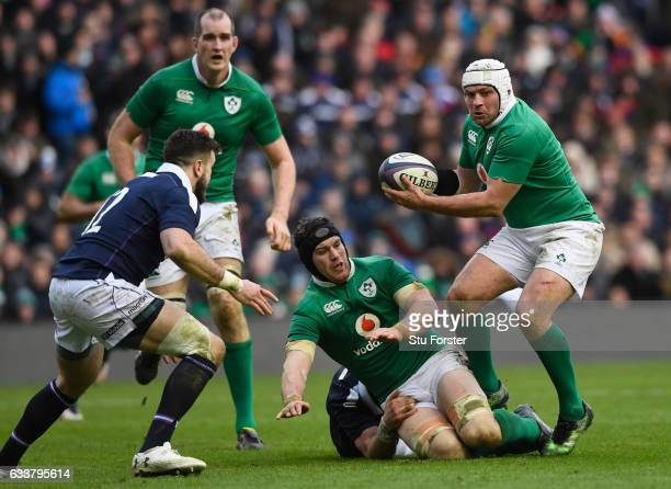 Ireland captain Rory Best carries the ball during the RBS Six Nations match between Scotland and Ireland at Murrayfield Stadium on February 4 2017 in...
