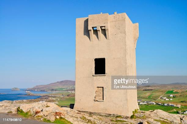 Ireland. County Donegal. Inishowen Peninsula. Malin Head. Napoleonic watchtower located on the area called BanbaÕs Crown which is the most northerly...