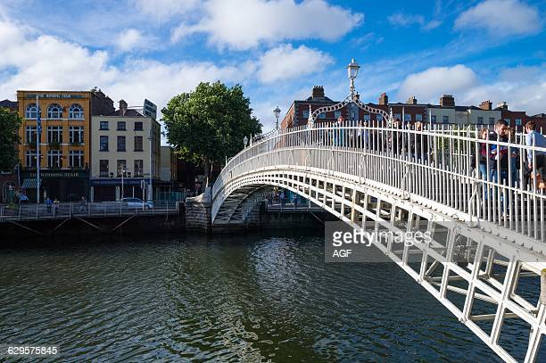Ireland Dublin The Halfpenny Bridge On The Liffey River Temple Bar District