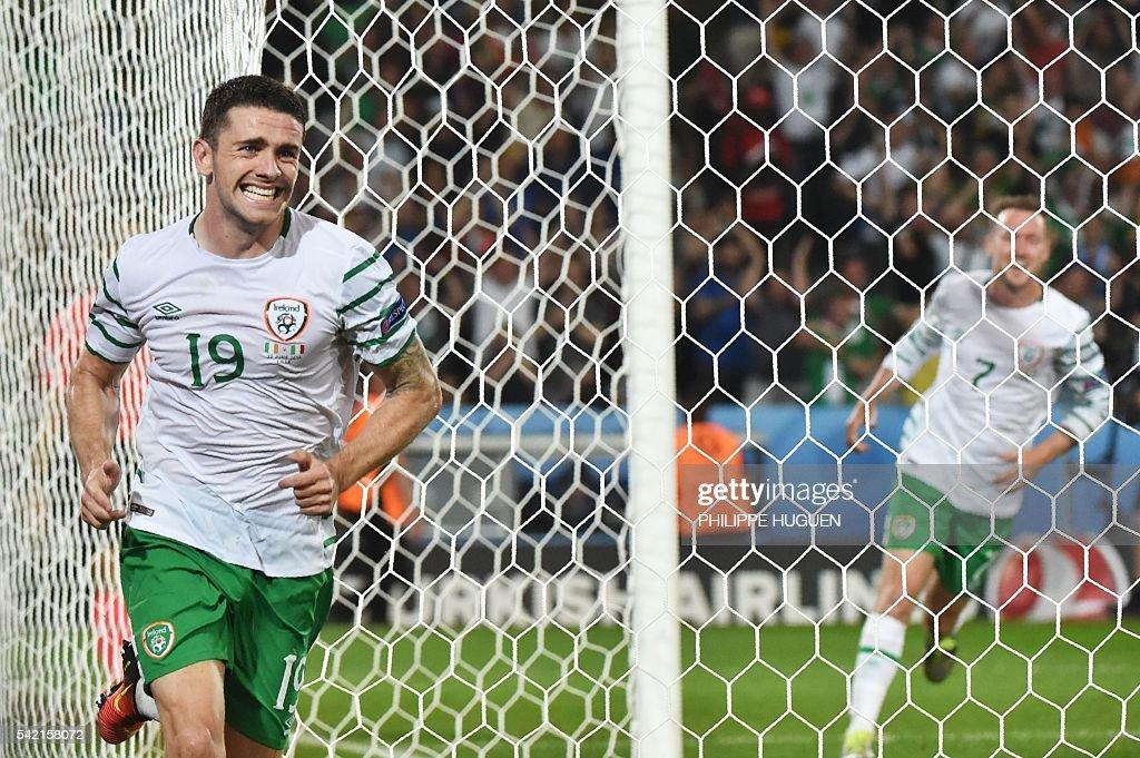 FBL-EURO-2016-MATCH35-ITA-IRL : News Photo